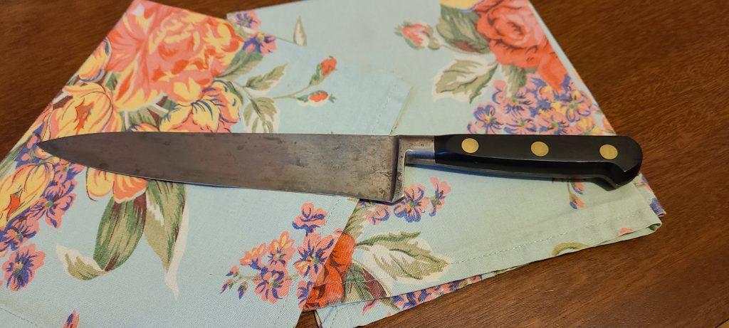 pantina carbon steel knife on pretty napkin